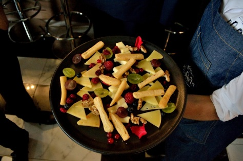 restaurante-puerta-alcala-queso